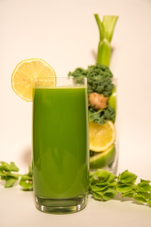 Juicing_Green Aid